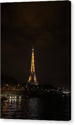 Eiffel Tower - Paris France - 011341 Canvas Print by DC Photographer