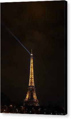 Eiffel Tower - Paris France - 011347 Canvas Print by DC Photographer