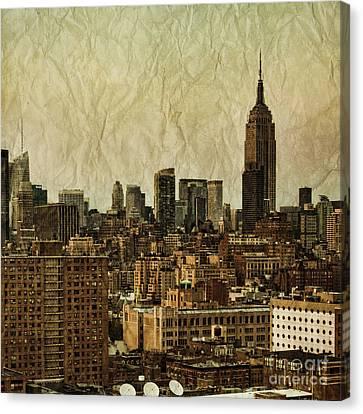 Empire Stories Canvas Print by Andrew Paranavitana