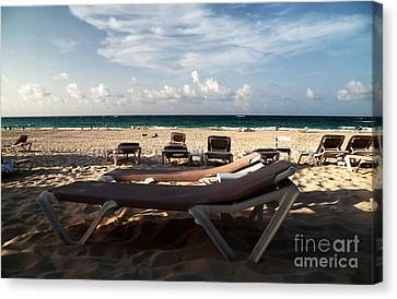 Empty Chair Canvas Print by John Rizzuto