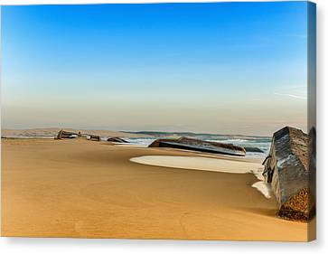 Canvas Print featuring the photograph End Of The World by Thierry Bouriat