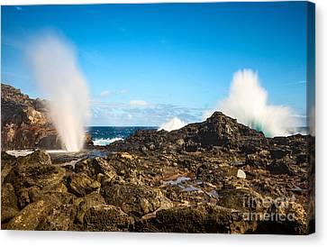 Eruption - Nakalele Blowhole In Maui. Canvas Print by Jamie Pham