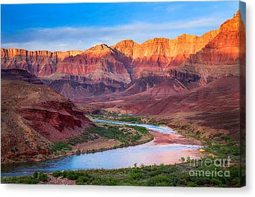 Colorado River Canvas Print featuring the photograph Evening At Cardenas by Inge Johnsson