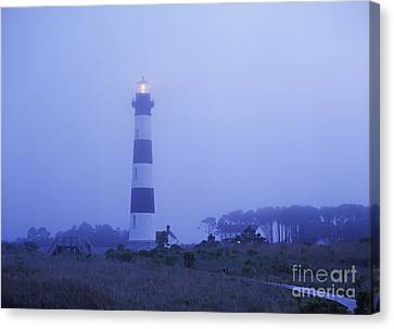 Evening Mist On Bodie Island - Fm000080 Canvas Print by Daniel Dempster