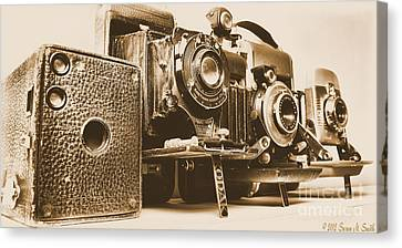 Eyes Of The Past Canvas Print by Susan Smith