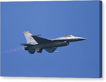 F-16 Fighting Falcon Canvas Print by Adam Romanowicz