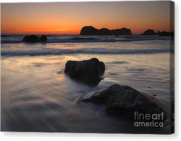 Face Rock Sunset Canvas Print by Mike Dawson