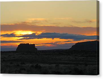 Fajada Butte At Sunrise Canvas Print by Feva  Fotos
