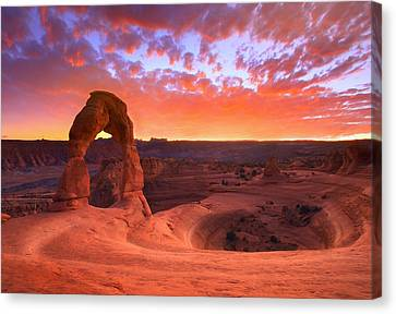 Famous Sunset Canvas Print by Kadek Susanto