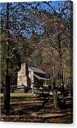 Farm Cabin Cades Cove Tennessee Canvas Print by Douglas Barnett