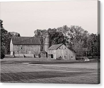 Farmhouse...black And White Canvas Print by Tom Druin