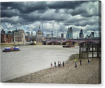 Film Crew On The Thames - London Back-drop Canvas Print by Kim Andelkovic