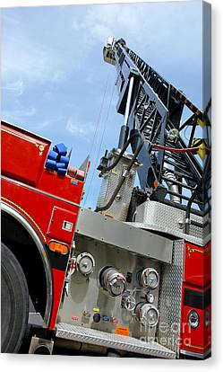 Fire Engine Canvas Print by Olivier Le Queinec