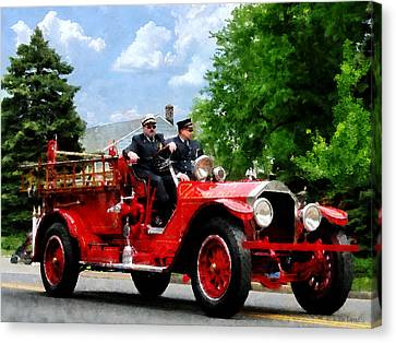 Fireman - Old Fashioned Fire Engine Canvas Print by Susan Savad
