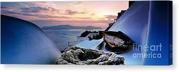 Santorini Sunset Canvas Print by Rod McLean