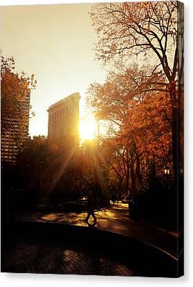 Flatiron Building Sunset - Madison Square Park Canvas Print by Vivienne Gucwa