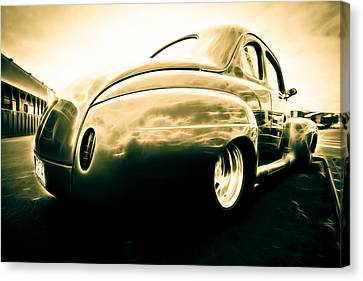 Ford Clubman Canvas Print by Phil 'motography' Clark