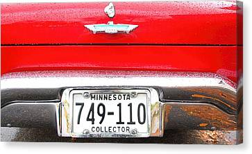 Ford With Minnesota Licence Plate Canvas Print by Amanda Stadther