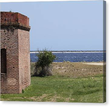 Fort Clinch Canvas Print by Cathy Lindsey