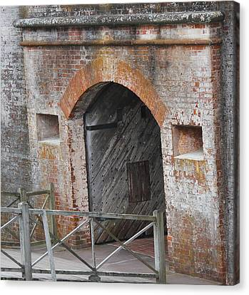 Fort Macon Entrance Canvas Print by Cathy Lindsey