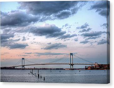 From Queens To The Bronx Canvas Print by JC Findley