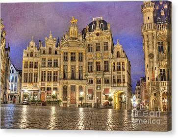Gabled Buildings In Grand Place Canvas Print by Juli Scalzi