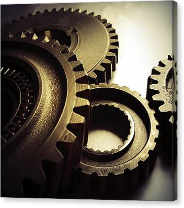 Gears Canvas Print by Les Cunliffe