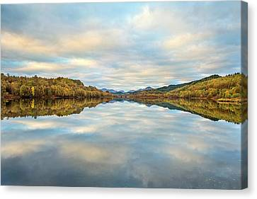 Glengarry Canvas Print by Simon Booth
