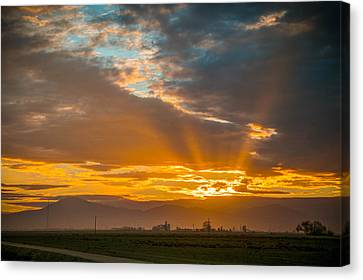 God Beams And Sunrise Canvas Print by Connie Cooper-Edwards