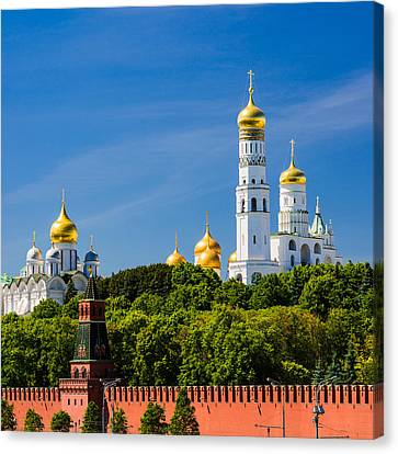Golden Domes Of Moscow Kremlin - Featured 3 Canvas Print by Alexander Senin