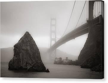 Golden Gate Bridge Canvas Print by Niels Nielsen