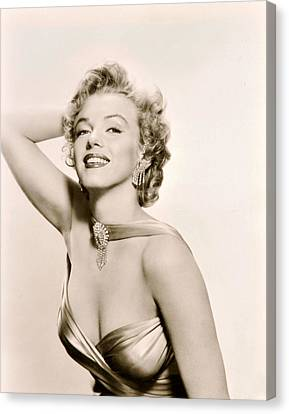 Marilyn Monroe Knows How To Pose Canvas Print by Retro Images Archive