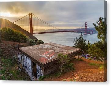 Graffiti By The Golden Gate Bridge Canvas Print by Sarit Sotangkur