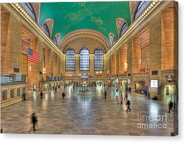 Grand Central Terminal IIi Canvas Print by Clarence Holmes