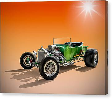Green T With An Orange Twist Canvas Print by Douglas Pittman