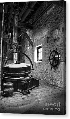 Grinder For Unmalted Barley In An Old Distillery Canvas Print by RicardMN Photography