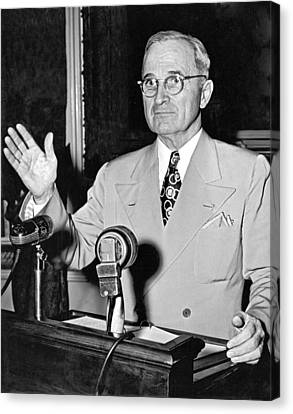 Harry Truman Press Conference Canvas Print by Underwood Archives