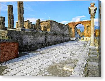 Haunting Ruins Of Ancient Pompeii Canvas Print by Mark E Tisdale