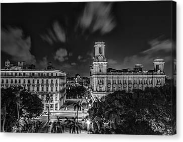 Havana By Night Canvas Print by Erik Brede