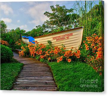 Hereford Lifeboat Canvas Print by Nick Zelinsky