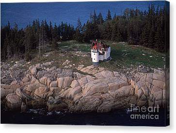 Heron Neck Lighthouse Canvas Print by Bruce Roberts