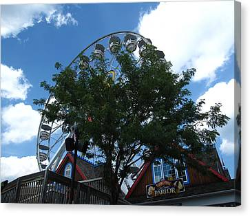 Hershey Park - 121242 Canvas Print by DC Photographer