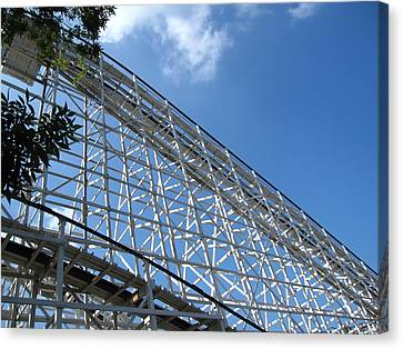Hershey Park - Comet Roller Coaster - 12121 Canvas Print by DC Photographer