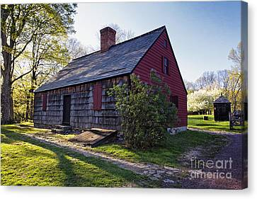 Historic Farmhouse In Jockey Hollow Canvas Print by George Oze