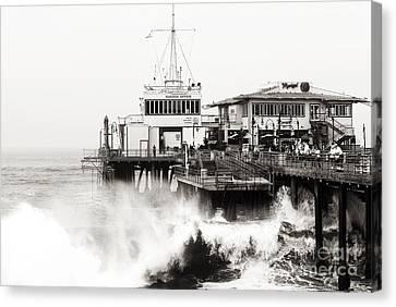 Hitting The Santa Monica Pier Canvas Print by John Rizzuto