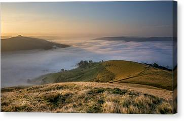 Hope Valley Autumn Mist Canvas Print by Steve Tucker
