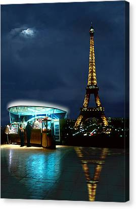 Hot Dog In Paris Canvas Print by Mike McGlothlen
