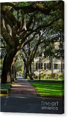 House On Pulaski Square Savannah Canvas Print by Henry Kowalski