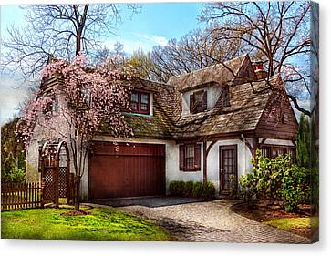 House - Westfield Nj - Who Doesn't Love Spring  Canvas Print by Mike Savad