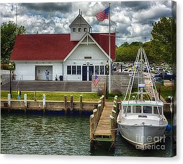 Hyannis Coastguard Hdr01 Canvas Print by Jack Torcello
